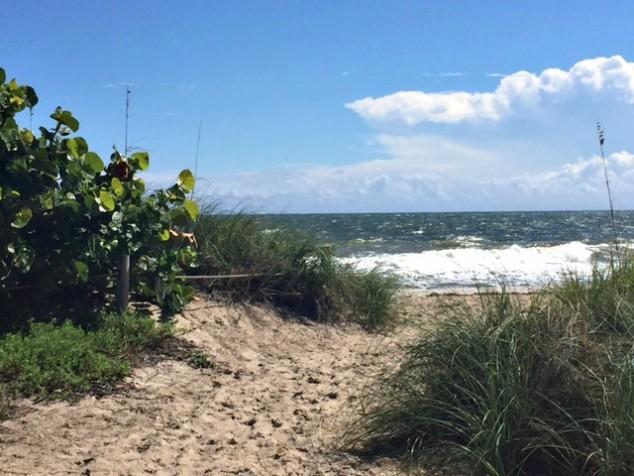 ftl-beach